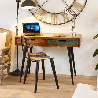 Desks & Shelving