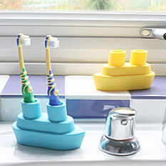 Boat Toothbrush Holder