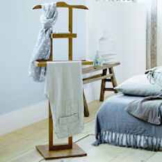 Wooden Clothes Valet Stand