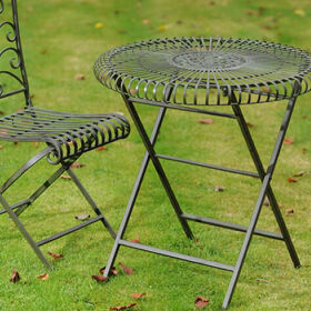 Garden Table and 2 Chairs - Lucton